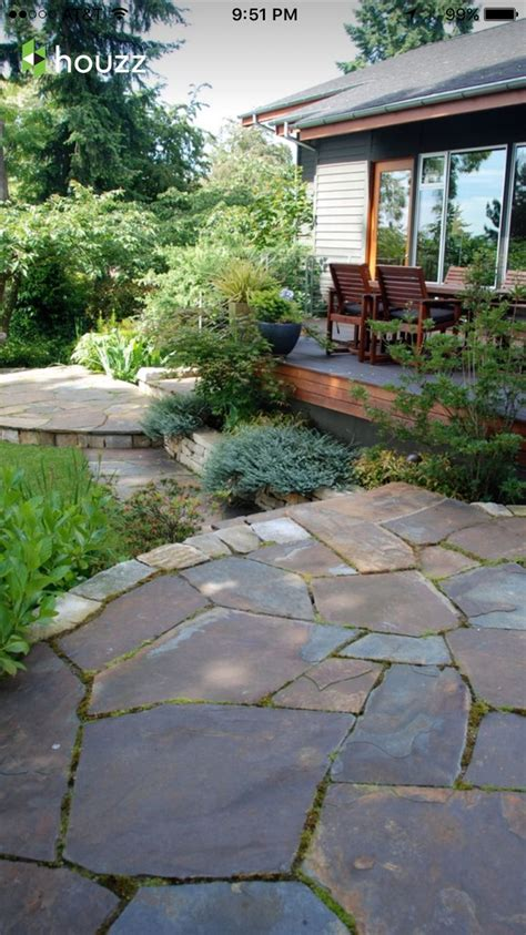 irregular flagstone patio 33 best images about gardens on pinterest gardens flag stone and backyards