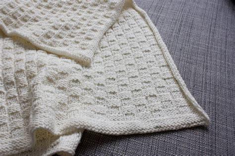 Babydecke Stricken Welche Wolle  L'immagine Della