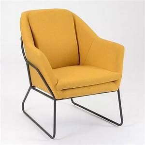 Fauteuil Pied Metal : fauteuil jaune la couleur intemporelle et tendance ~ Teatrodelosmanantiales.com Idées de Décoration