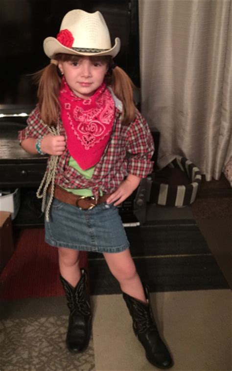 Seven-Year-Old Creates Cowgirl Costume Using Thrift Finds