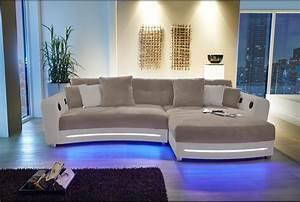 Couch Mit Led Und Sound : multimedia ecksofa in kunstleder und mikrofaser greige inkl multimediapaket led beleuchtung 2 ~ Bigdaddyawards.com Haus und Dekorationen