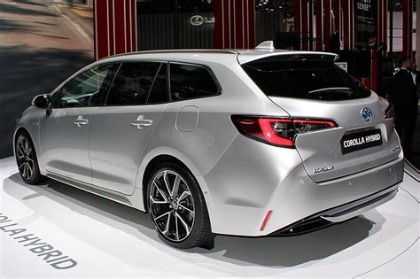 Toyota Corolla Touring Sports Hybrid, Paris Motor