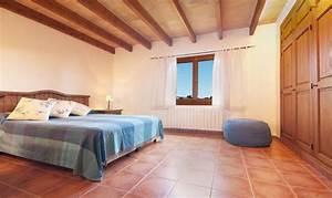 Klimaanlage Für Zimmer : finca im norden von mallorca mit pool und klimaanlage f r 6 8 personen ~ Buech-reservation.com Haus und Dekorationen