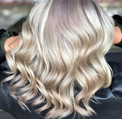Start The New Year With The Buttercream Blonde Hair Color