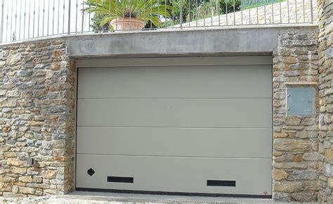 portone sezionale garage portone sezionale persus porte sezionali per garage