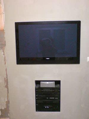 Tv In Wand Versenken by Hausbau Isorast
