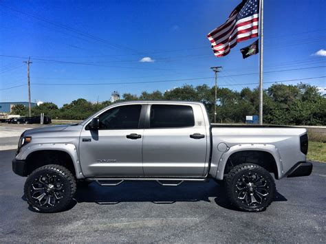 toyota tundra 2017 toyota tundra custom lifted leather 22 fuel florida