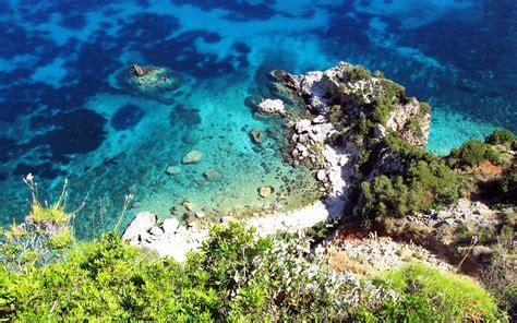 Sailing Boat Kefalonia by Crewed Luxury Greek Island Sailing Cruises