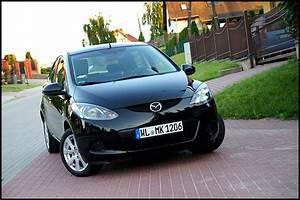 Czarna Mazda 2  1 3 Benzyna  5 Drzwi  Z Niemiec