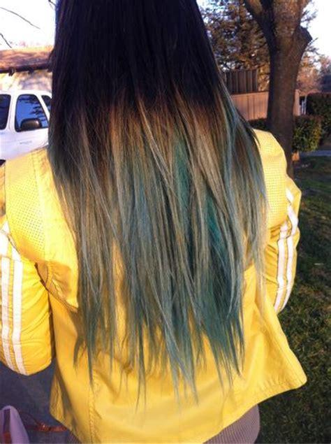 blueish streaks long hairstyles