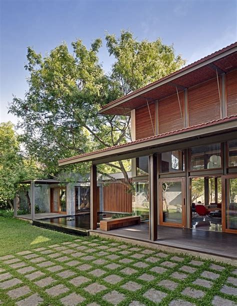 house architecture the 25 best ideas about tropical house design on Tropical