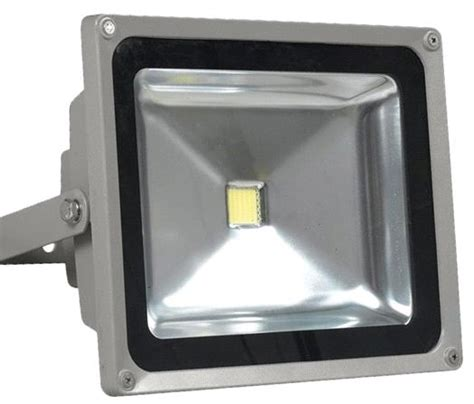 can you use a flood light to grow plants can i use this 50w led to grow