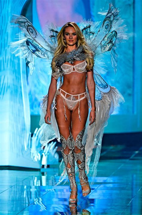 Candice Swanepoel Pregnant Victorias Secret Model