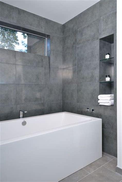 1000 ideas about gray bathroom walls on blue
