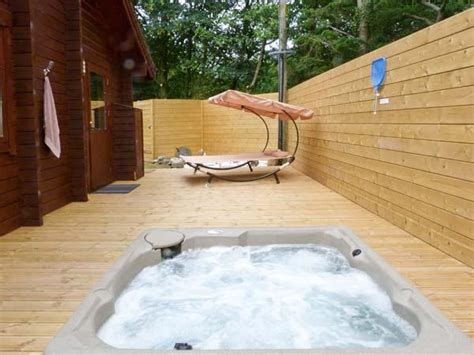 Forest Lodge With Tub by Gisburn Forest Lodge Tub En Suite Bathroom Ref