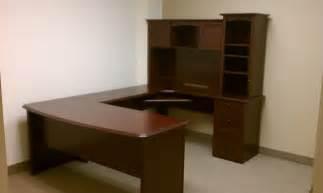 realspace broadstreet contoured u shaped desk with hutch yelp