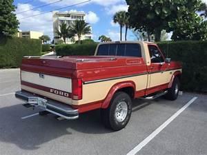 1985 Ford F-150 4x4 Lariat Pickup