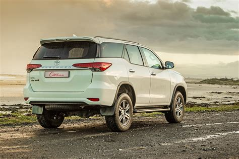 Review Toyota Fortuner by Toyota Fortuner 2 4gd 6 2016 Review Cars Co Za