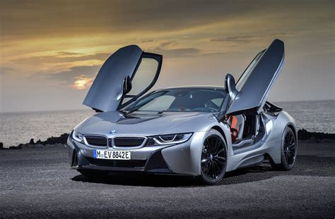 Flipboard Bmw Wants A Hybrid Supercar, And A Redesigned