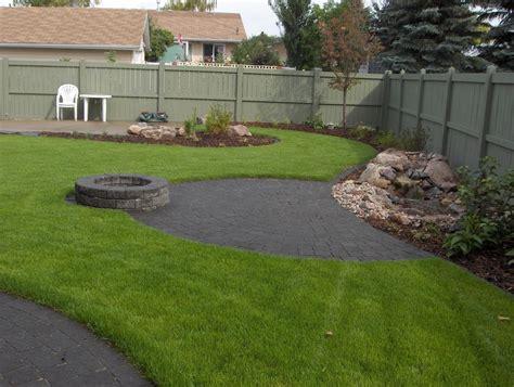 Landscape Design For Small Backyard - bungalow landscaping earthworm landscape design co
