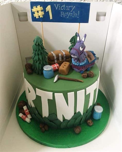 university friend   fortnite birthday cake