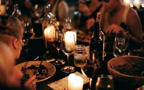 eat read love : Christmas Table Inspiration