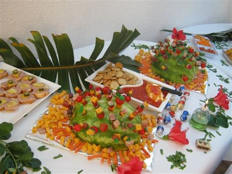 Best + Hawaiian Theme Party Food Ideas On Pinterest