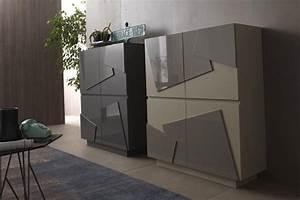 Sideboard Für Aussenbereich : sideboard mit 4 t ren in verschiedenen ausf hrungen f r wohnzimmer idfdesign ~ Frokenaadalensverden.com Haus und Dekorationen