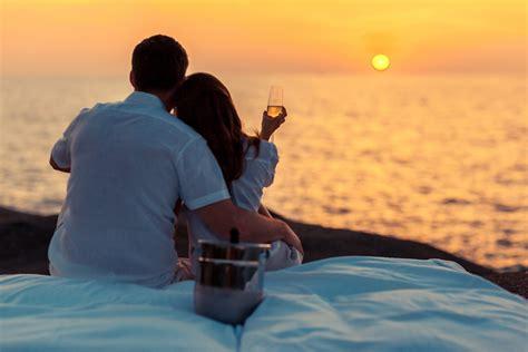 romantic restaurants  phuket kata rocks dining