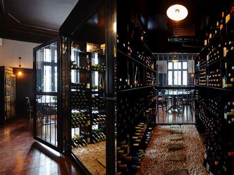 les innocents wine bar restaurant  les agenceurs