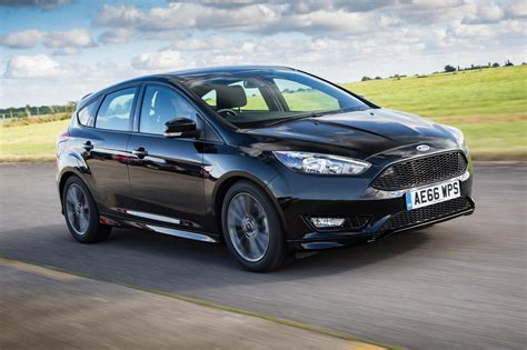 Ford Focus St-line 1.5t Ecoboost 150 (2016) Review By Car