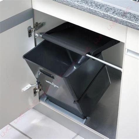 poubelle de porte de cuisine poubelle de cuisine inox coulissante de tri sélectif