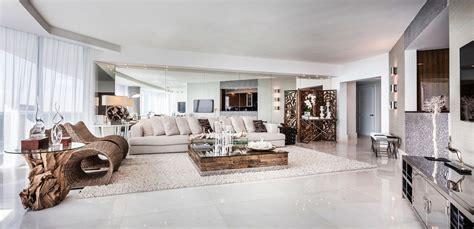 grande cuisine americaine appartement de luxe avec vue sur l eau situé sur la