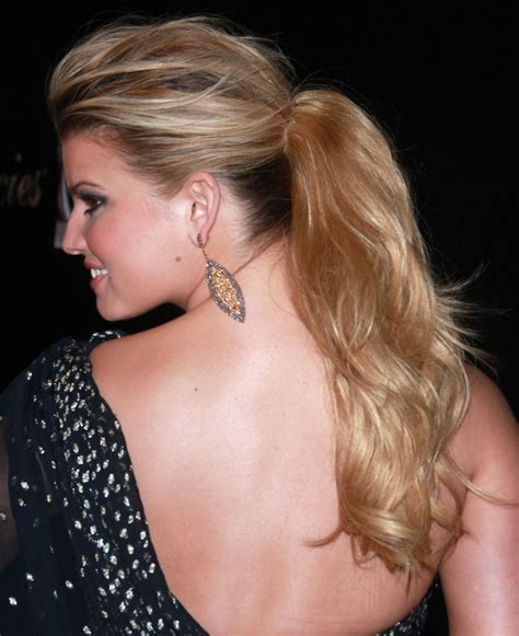 hairstyles long pony hair ponytail ponytails hairstyle loose jessica ponies simpson celebrities celebrity rabo stylish cute winter gomez selena con