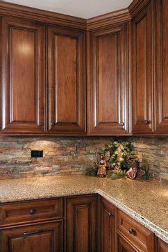 oak kitchen cabinets best 25 cherry kitchen ideas on cherry 3650
