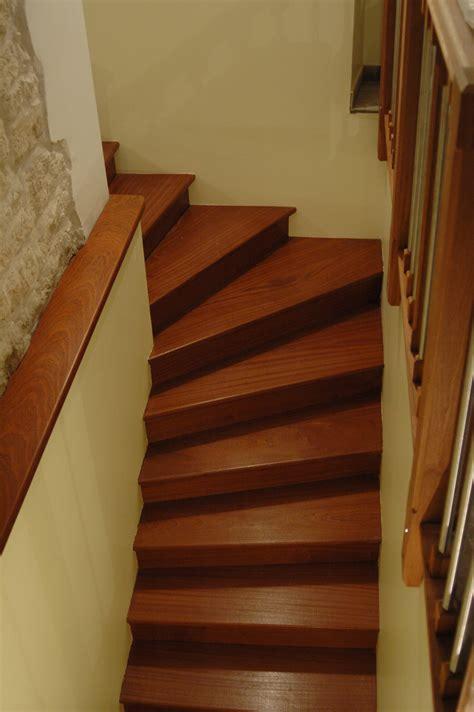 escaliers en bois exotique rouge nicolas dupriez