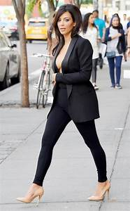 Kim Kardashian [@kimkardashian] Forgets Bra At Home Flashes MAJOR Cleavage - See Pic! - iDreamz ...
