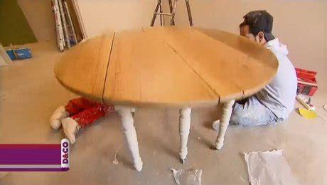 minutefacile com cuisine comment peindre une table en bois