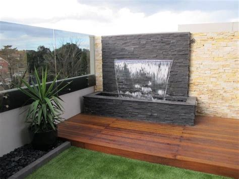 how to make a water wall feature how to make a water wall fountain fountain design ideas