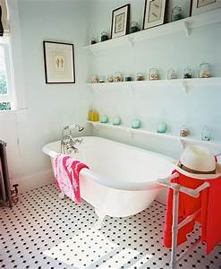 12 idees deco de salle de bains dans un style tropical With salle de bain design avec décoration thème de la mer