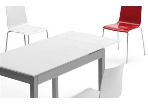 mesa de cocina extensible  cajon  cuadrada