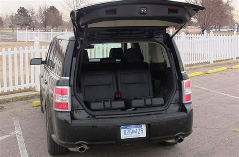 2013 Ford Flex AWD: Simply a Comfortable and Quite People