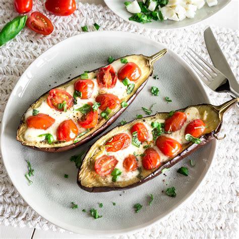 leicht und  carb gefuellte aubergine caprese