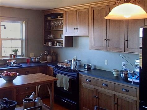 custom kitchen cabinets canadianwoodcraftsmancom
