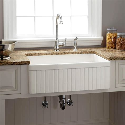 farmhouse kitchen sink lowes sinks inspiring farm sinks at lowes farm sinks at lowes