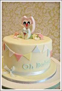 Wonderful World of Cupcakes: Baby Shower Cake