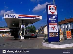 Station Essence Luxembourg : station d 39 essence fina ville de nimy r gion wallonne belgique europe banque d 39 images photo ~ Medecine-chirurgie-esthetiques.com Avis de Voitures