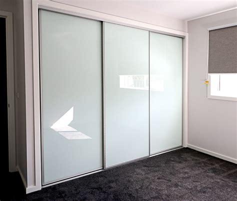 Glass Wardrobe by Wardrobe Doors White Glass Sliding Wardrobe Doors