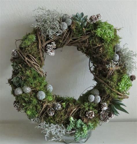 succulent wreath succulent wreath flower pow pinterest