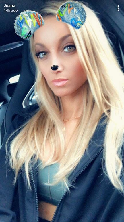 Jeana Smith Sexy Pictures Pics Sexy Youtubers